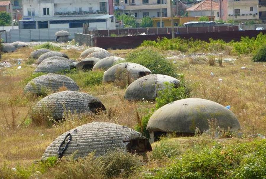 vojaski-bunkerji-v-albaniji-2