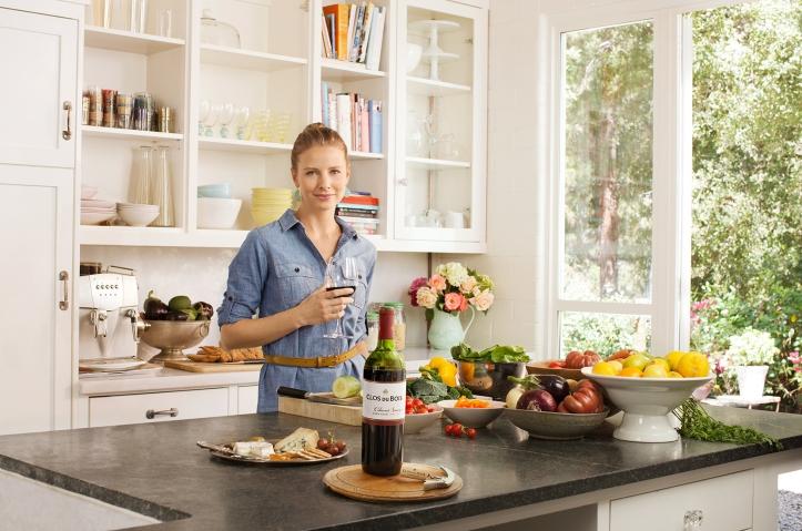 clos_du_bois_kitchen.jpg